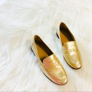 Banana Republic Gold Scallop Loafer